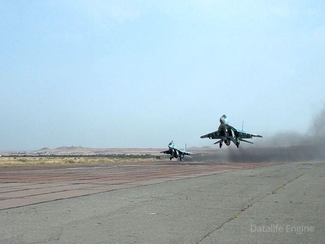 MiQ-29 və Su-25 təyyarələri təlimlər keçirib
