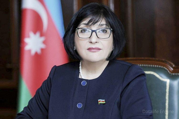 Sahibə Qafarova pakistanlı həmkarına məktub yazdı