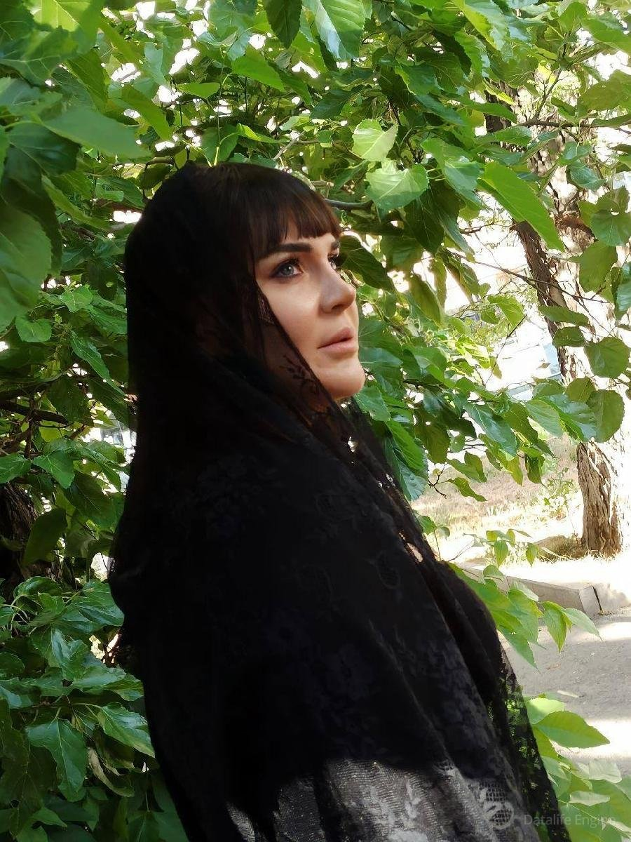 Xatun qardaşı vəfat edəndən sonra səhnəyə qayıtdı - FOTOLAR